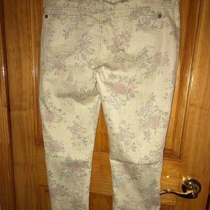 👖Pretty floral pants